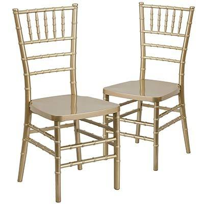 A Pair Of Chiavari Chairs One The Diffe Types Wedding