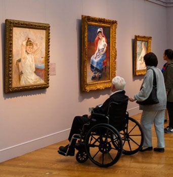 Outdoor Activities for Wheelchair Users: Museums and Art Galleries