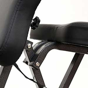 A close up image of the aluminium alloy frame of the Noooshi Portable Chair