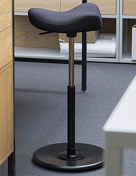 Using an Office of Varier Move Tilting Saddle Stool